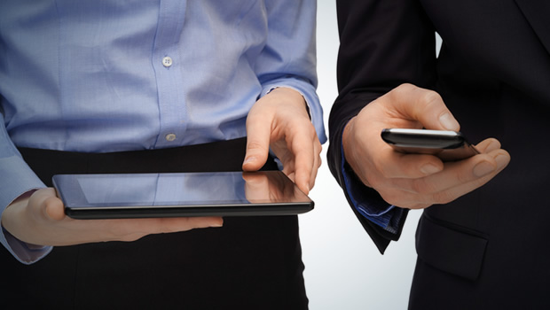 Three Ways to Use Mobile Devices in Workplace Learning